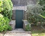 la porte du fond du jardin